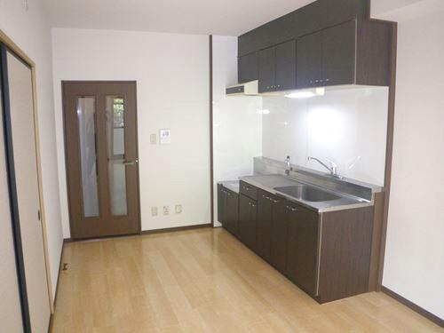 エースワン粕屋 / 202号室キッチン