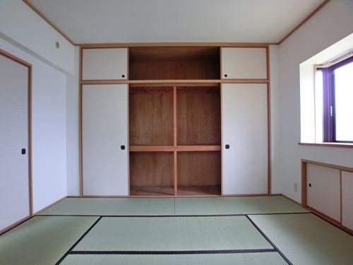 セントレージ博多 / 105号室収納