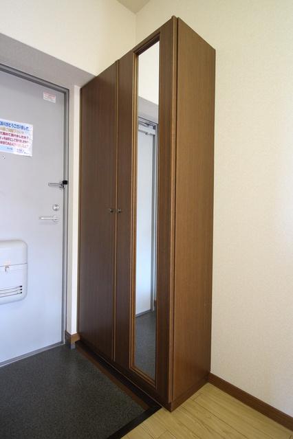 サンヒルズTAKEDAⅡ / 302号室収納