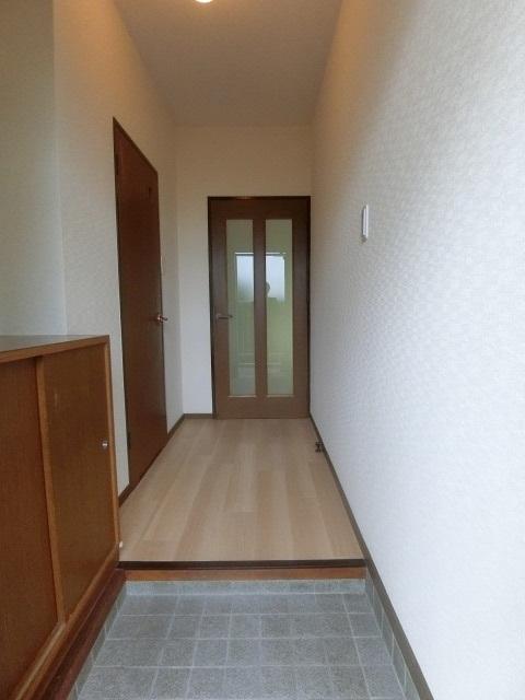 サンヒルズ竹田 / 102号室玄関