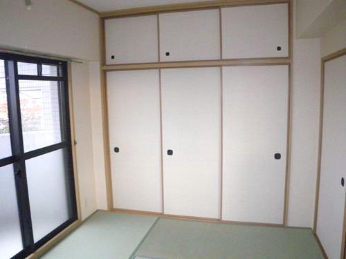 リバーサイド篠栗 / 201号室和室