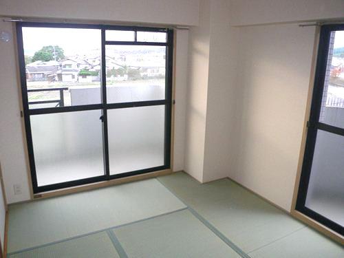 リバーサイド篠栗 / 301号室和室