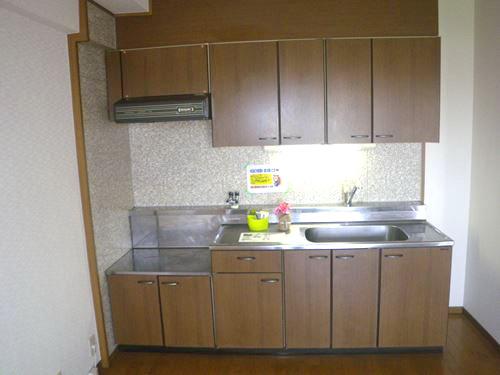 リバーサイド篠栗 / 302号室キッチン