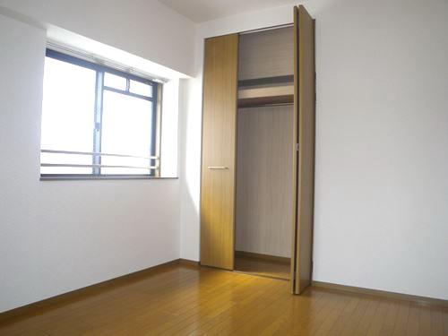 リバーサイド篠栗 / 402号室洋室
