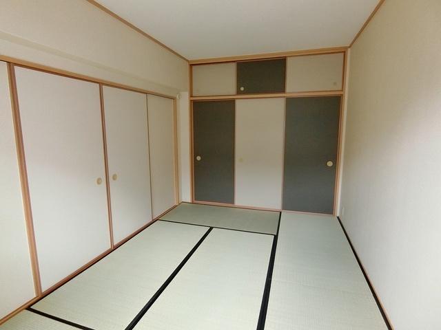 リヴェール伊賀 / 102号室和室
