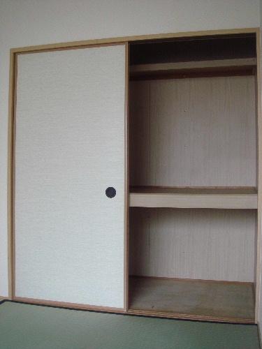メロディハイツ戸原 / A-202号室収納