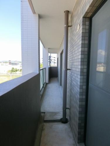 カーサ宮の前 / 501号室バルコニー