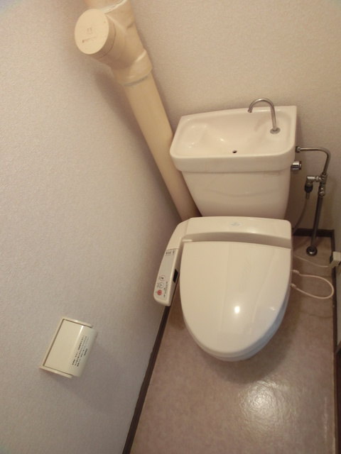 エステート篠栗 / 101号室トイレ