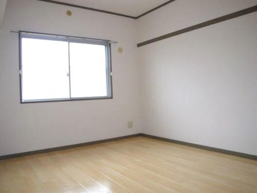 エステート篠栗 / 105号室