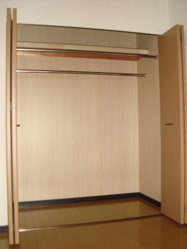 アイビーハイツⅡ / 402号室収納