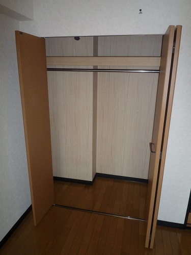 スクレーパー東 / 401号室収納