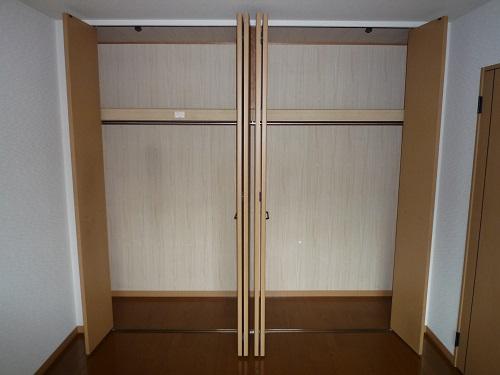 ファミーユ博多の森 / 301号室収納