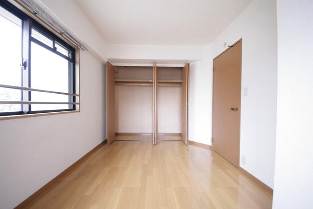 シャトレ東 / 101号室収納