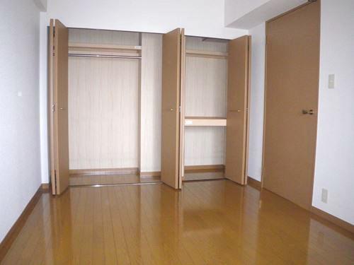ボヌール・ヴィー篠栗 / 703号室洋室