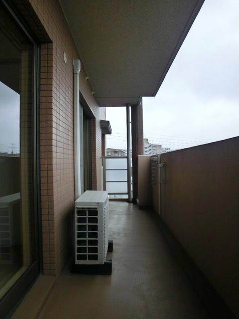 アルバ空港東 / 102号室バルコニー