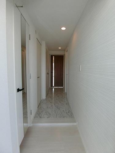 プレア セレッソ / 303号室玄関