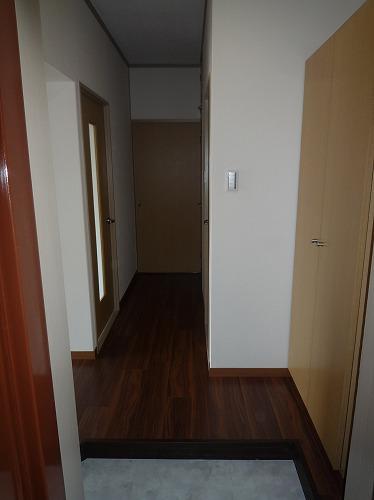 コーポラス梅津 / 201号室玄関