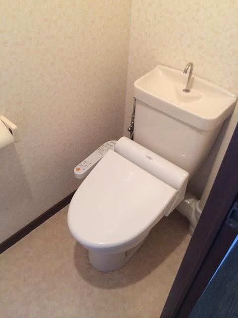 ソフィア'92 / 301号室トイレ