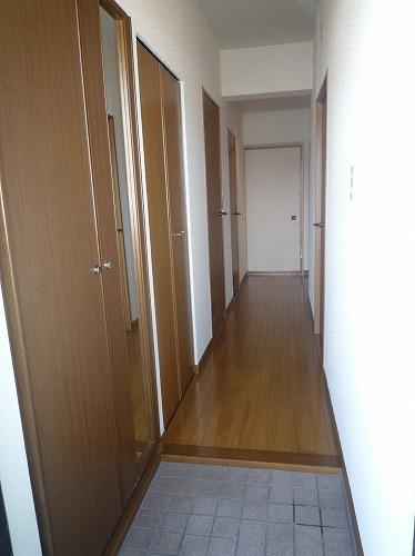 グランベルデ丸善 / 303号室玄関