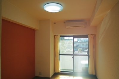 ルミノスコート / 701号室洋室