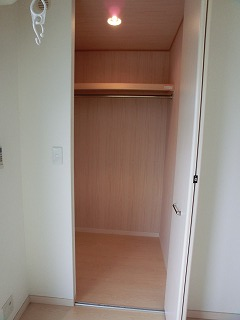 メゾンスペース / 202号室収納
