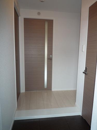 筥松なつめビル / 102号室玄関