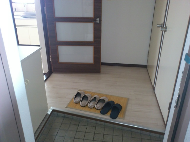 レジデンス牛房 / 105号室玄関