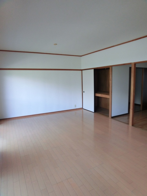 レジデンス牛房(ペット可) / 203号室洋室