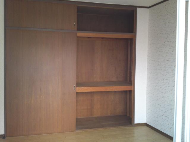 サンハイツKUDO / 201号室収納
