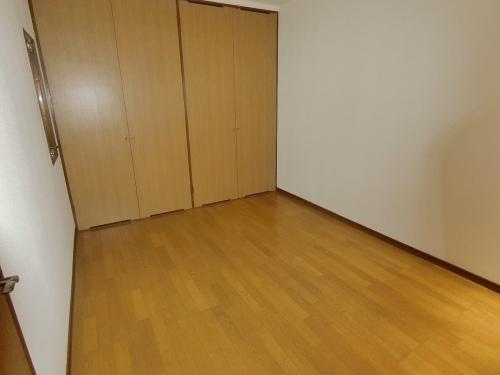 グランドール藤本 / 303号室