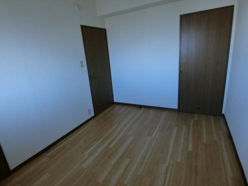 タウンコート志免 / 602号室洋室