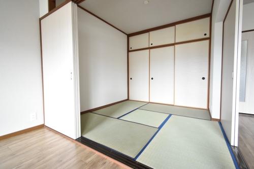 リバーサイド貝田 / 103号室