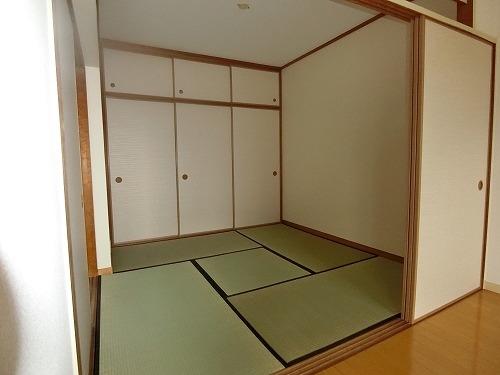リバーサイド貝田 / 202号室和室