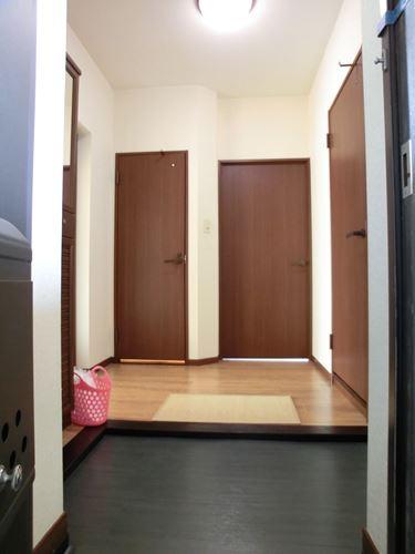 レジデンス・ウィステリア24 / 401号室玄関