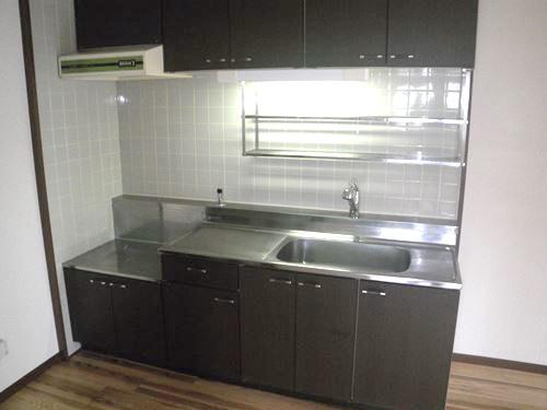 エースワン粕屋 / 301号室キッチン