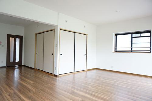 エースワン粕屋 / 303号室リビング