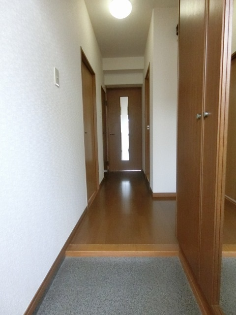 サンヒルズTAKEDAⅡ / 201号室玄関