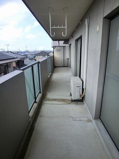 リヴェール伊賀Ⅱ / 303号室バルコニー