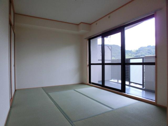 ピオーネテラス空港南 / 201号室その他部屋・スペース