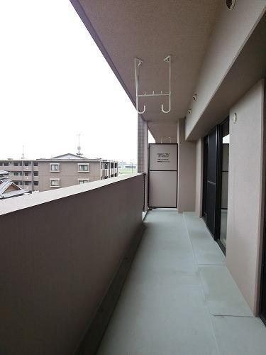 シャルム空港南 / 402号室バルコニー