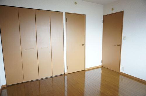 シャルム空港南 / 403号室洋室