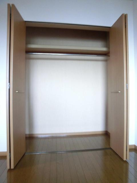 ルミエール21 / 203号室収納