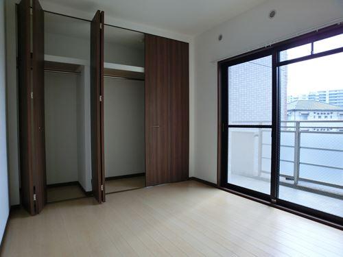 シングレート・ヒルズ / 203号室収納