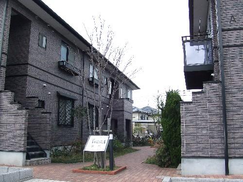 ティアラ横浜 / A-101号室
