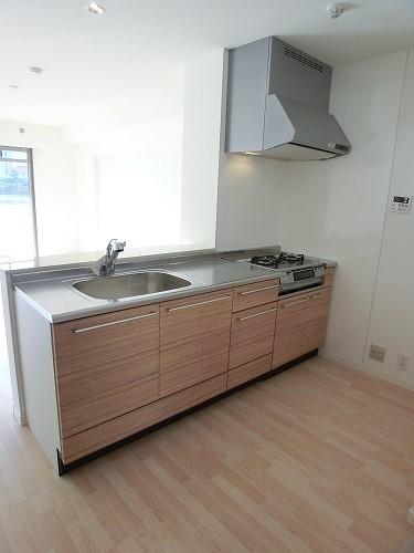ファミリア伊都 / 303号室キッチン