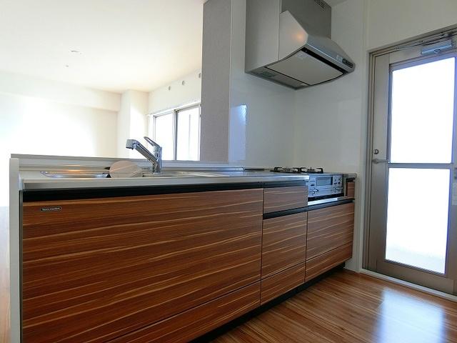ディア・コート / 1203号室キッチン