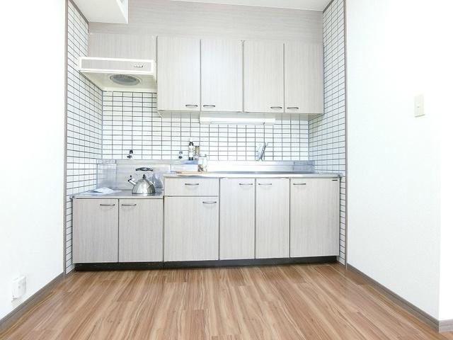 シュロスフィールド28 / 703号室キッチン