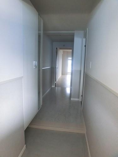 グランドルーチェ駅南 / 202号室玄関