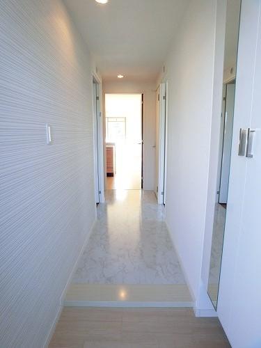 ファミリア伊都 / 401号室玄関