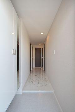 プレアマール / 102号室玄関